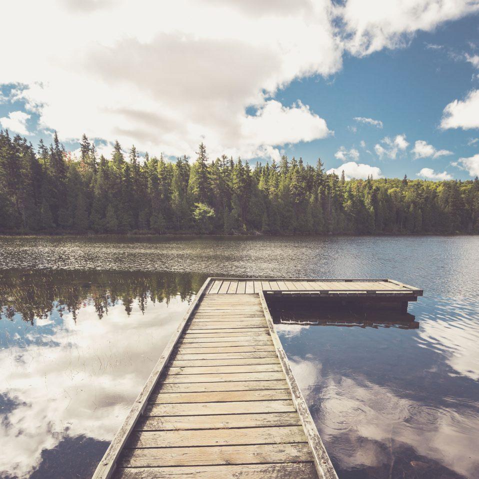 Wasser mit Spiegelungen fotografieren