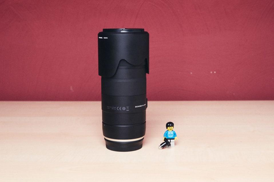 Größenvergleich des Tamron 70-210mm f/4
